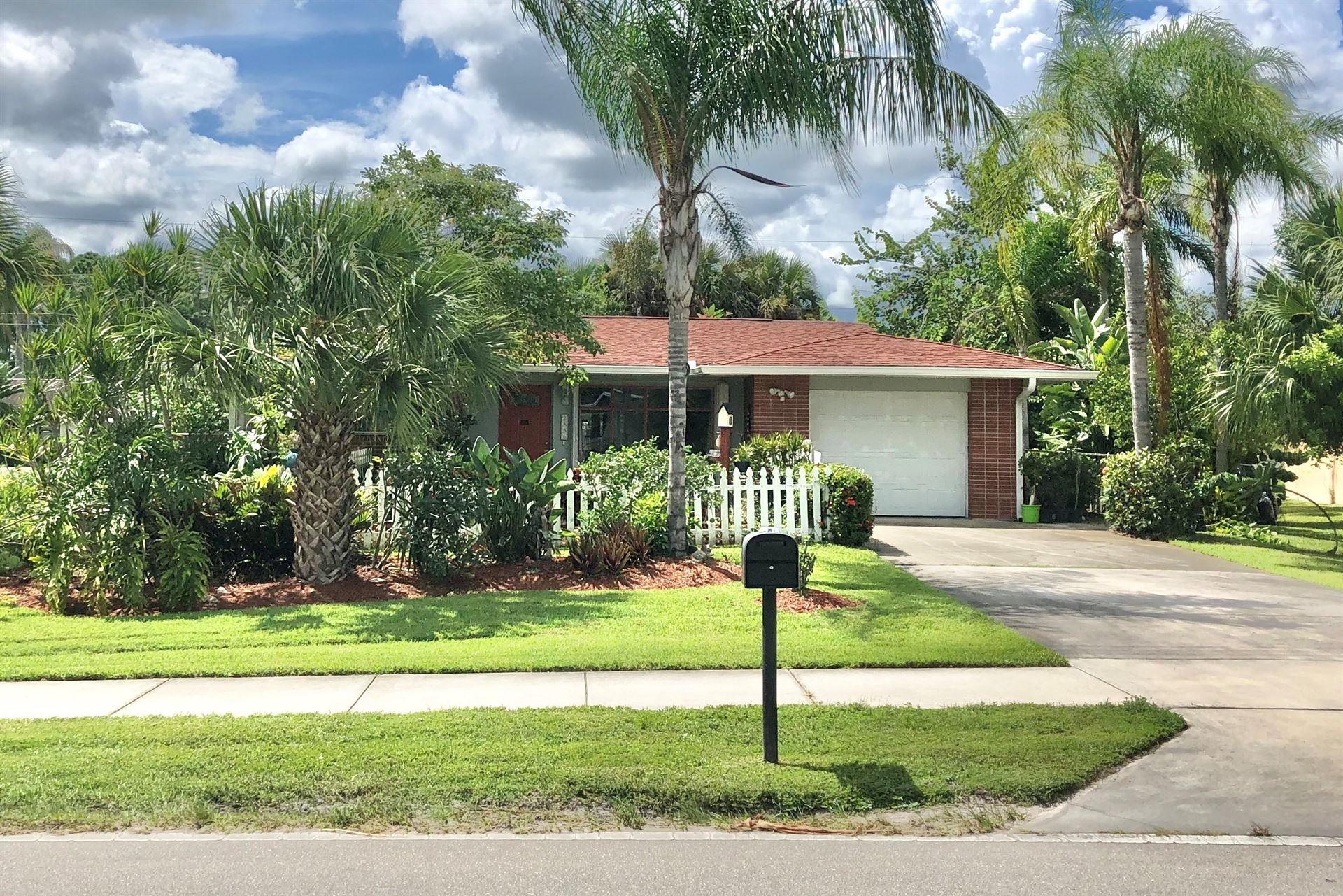 2886 SW Savona Boulevard, Port Saint Lucie, FL 34953 - #: RX-10656172