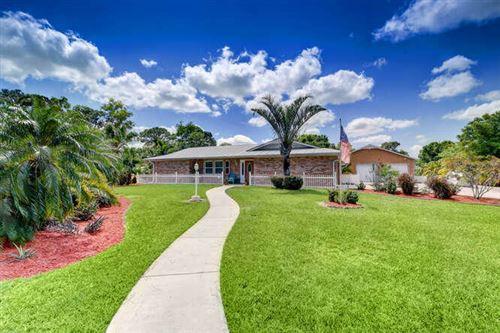 Photo of 13328 SE Flora Avenue, Hobe Sound, FL 33455 (MLS # RX-10707173)