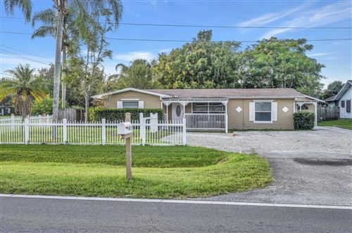 Photo of 901 W Weatherbee W Road, Fort Pierce, FL 34982 (MLS # RX-10751174)