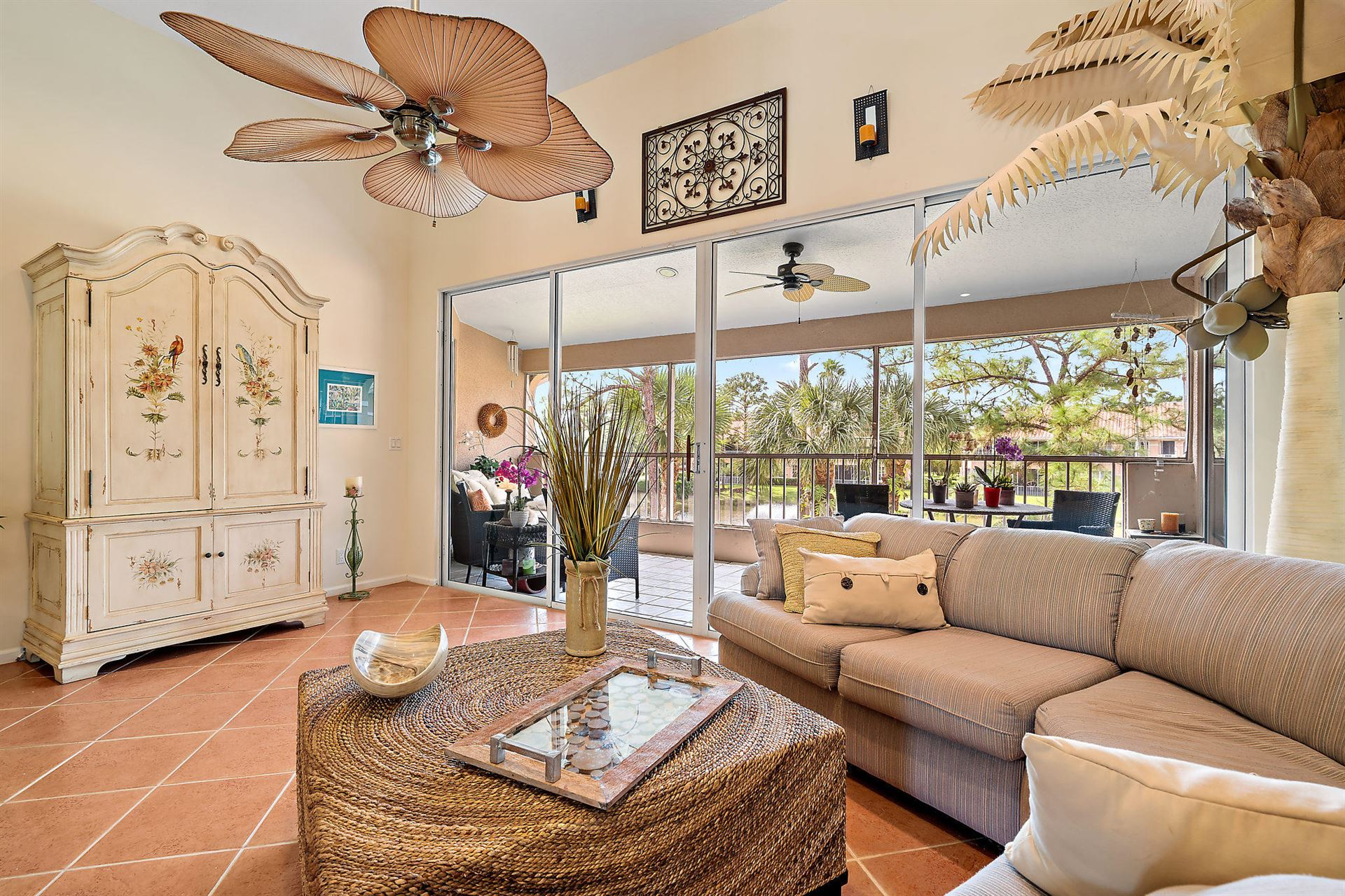 Photo of 220 Legendary Circle, Palm Beach Gardens, FL 33418 (MLS # RX-10576175)