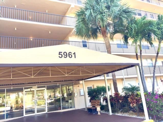 Photo of 5961 NW 2nd Avenue #2090, Boca Raton, FL 33487 (MLS # RX-10696175)