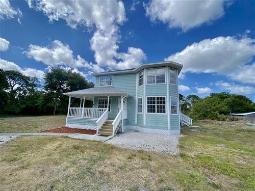 Photo of 240 W Del Mundo Street, Fort Pierce, FL 34946 (MLS # RX-10707176)