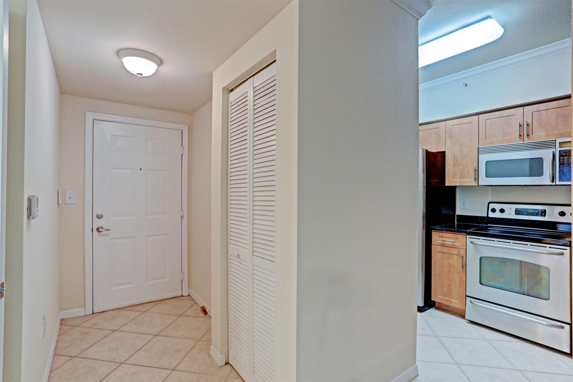 6458 Emerald Dunes Drive #108, West Palm Beach, FL 33411 - #: RX-10655176