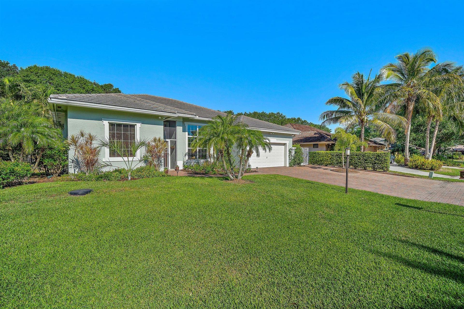 5025 Whispering Hollow, Palm Beach Gardens, FL 33418 - #: RX-10708176