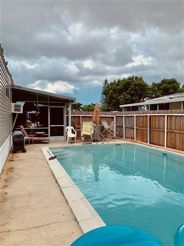 Photo of 7685 SE Wren Avenue, Hobe Sound, FL 33455 (MLS # RX-10574177)