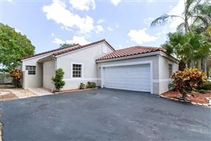 Photo of 22368 Overture Circle, Boca Raton, FL 33428 (MLS # RX-10563182)