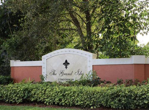 Photo of 4195 Haverhill Road #322, West Palm Beach, FL 33417 (MLS # RX-10644182)