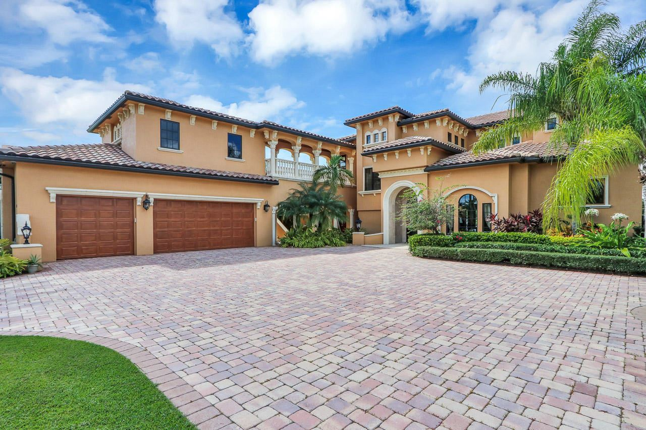 169 SE Fiore Bello, Port Saint Lucie, FL 34952 - #: RX-10512182