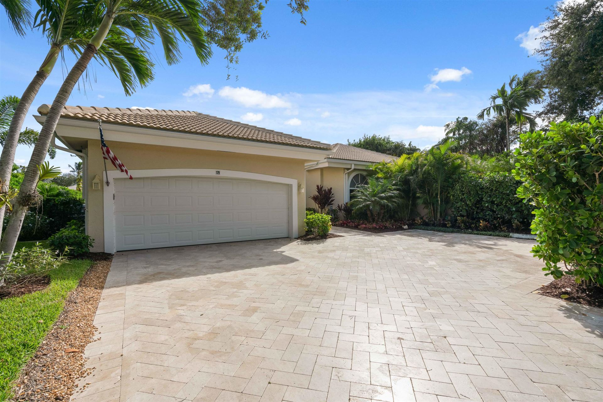 Photo of 179 Regatta Drive, Jupiter, FL 33477 (MLS # RX-10669182)