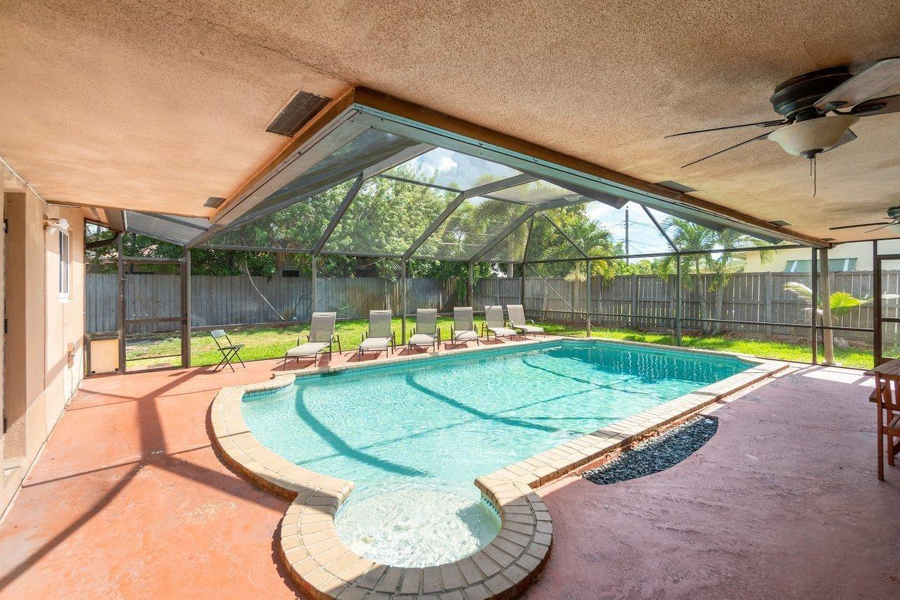 Photo of 4461 NW 9th Street, Coconut Creek, FL 33066 (MLS # RX-10716182)