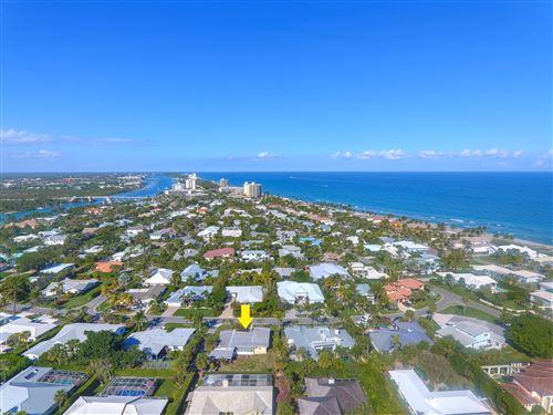 Photo of 141 Beacon Lane, Jupiter Inlet Colony, FL 33469 (MLS # RX-10582183)