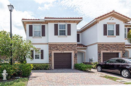 Foto de inmueble con direccion 4316 Chalmers Lane West Palm Beach FL 33417 con MLS RX-10662183