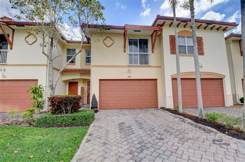 Photo of Listing MLS rx in 125 E Prive E Circle E Delray Beach FL 33445