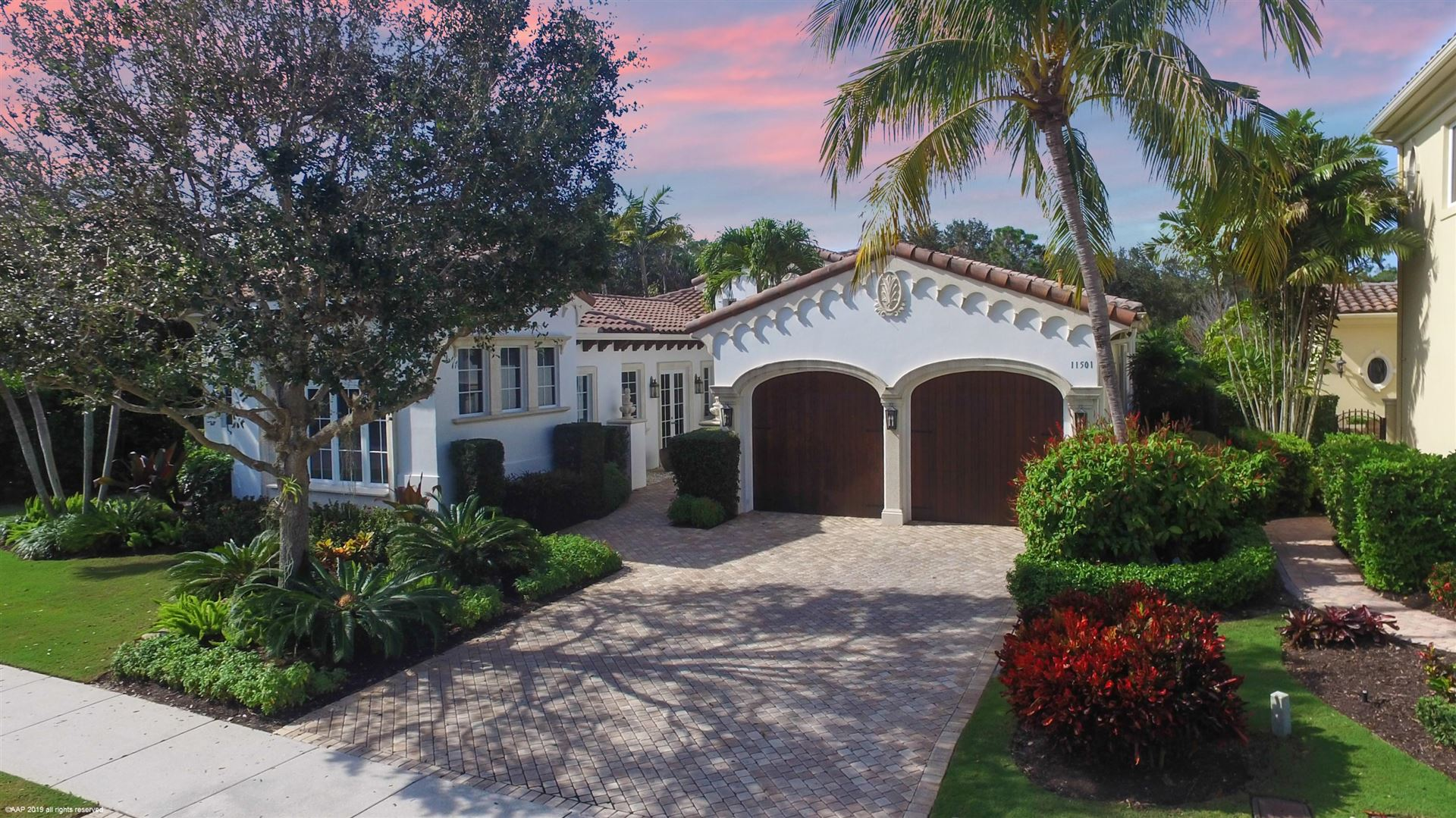 Photo of 11501 Green Bayberry Drive, Palm Beach Gardens, FL 33418 (MLS # RX-10688187)