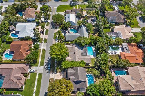 Photo of 1250 SW 19th Street, Boca Raton, FL 33486 (MLS # RX-10704188)