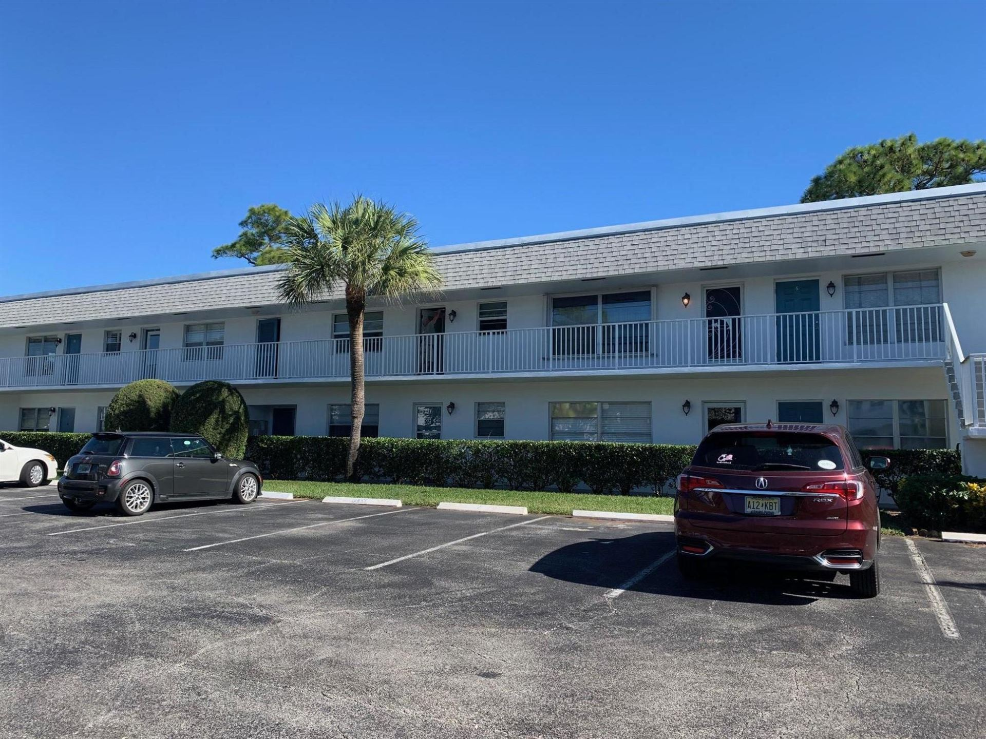 Photo of 2929 SE Ocean Boulevard #116-7, Stuart, FL 34996 (MLS # RX-10682188)