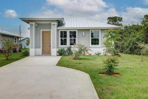 Photo of 4822 SE Flounder Avenue, Stuart, FL 34997 (MLS # RX-10701190)