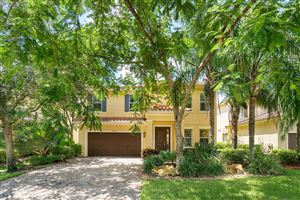 Photo of 10730 Willow Oak Court, Wellington, FL 33414 (MLS # RX-10553191)