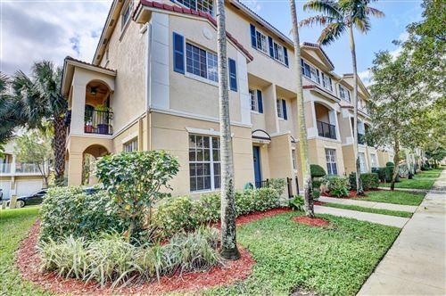 Photo of 4600 Danson Way, Delray Beach, FL 33445 (MLS # RX-10603191)