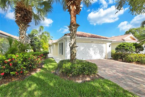 Photo of 929 Magdalena Road, Palm Beach Gardens, FL 33410 (MLS # RX-10716192)