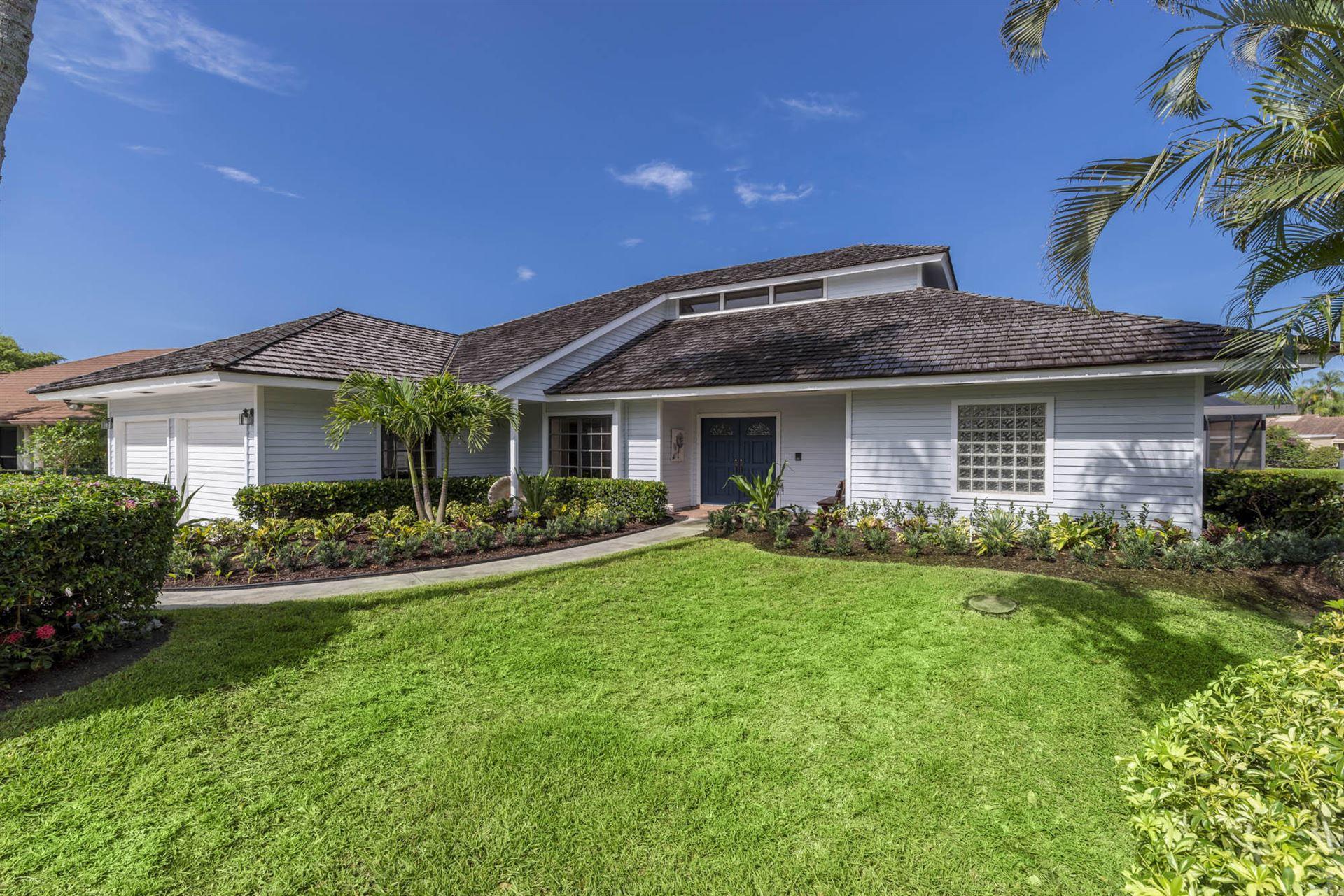 Photo of 6 Alford Court, Palm Beach Gardens, FL 33418 (MLS # RX-10734192)