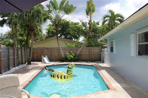 Photo of 11200 NW 40th Street, Coral Springs, FL 33065 (MLS # RX-10754193)