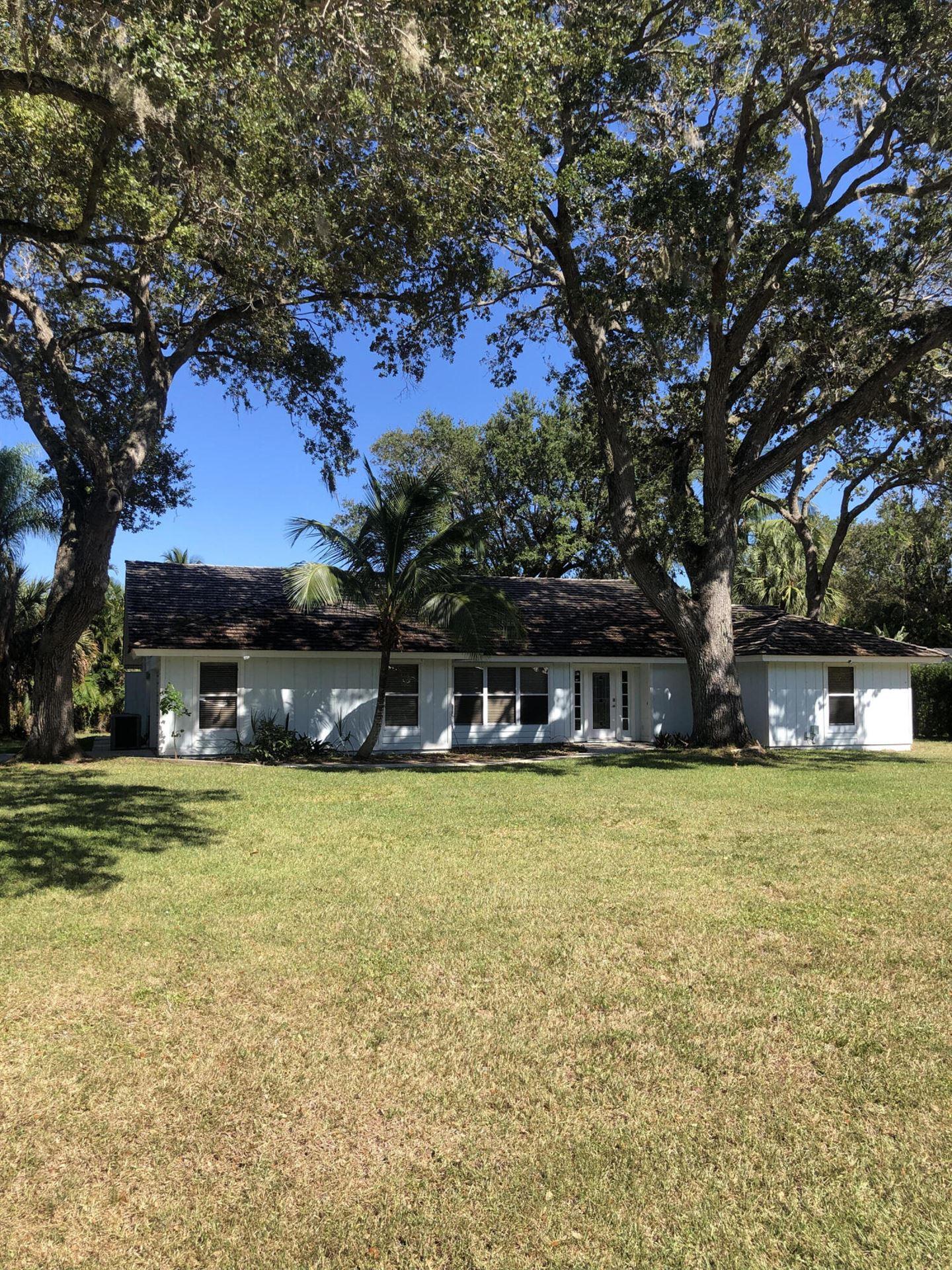 3521 SE Kubin Avenue, Stuart, FL 34997 - #: RX-10744193