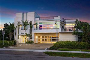 Photo of 226 Palm Court, Delray Beach, FL 33444 (MLS # RX-10542194)