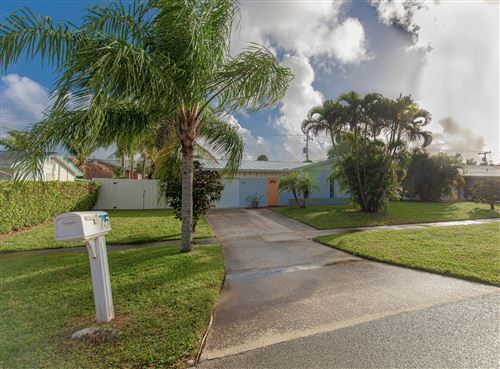 Photo of 75 Willow Road, Tequesta, FL 33469 (MLS # RX-10592195)
