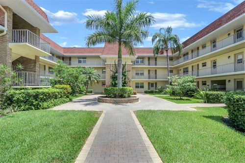 Photo of 5580 S Tamberlane Circle #235, Palm Beach Gardens, FL 33418 (MLS # RX-10594195)