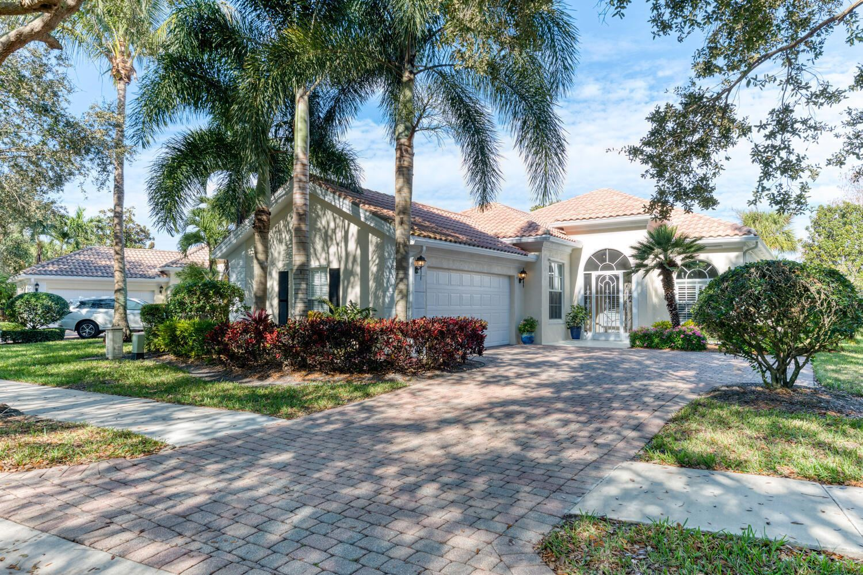 Photo of 837 Niemen Drive, Palm Beach Gardens, FL 33410 (MLS # RX-10685195)