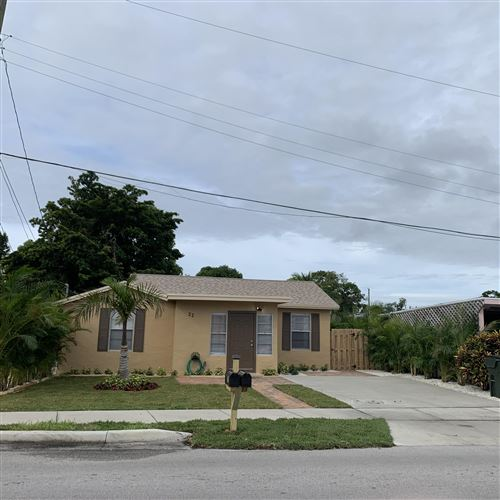 Photo of 22 NW 12th Avenue, Delray Beach, FL 33444 (MLS # RX-10585196)