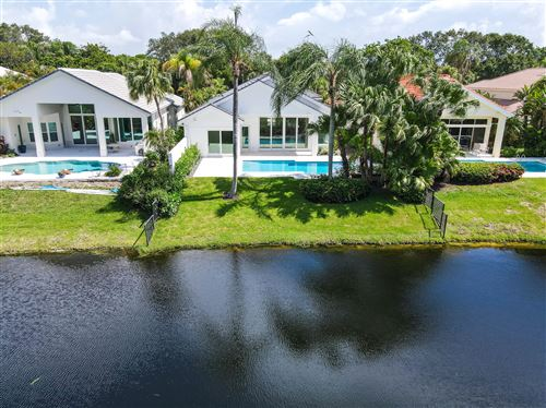 Photo of 3338 W Degas Drive W, Palm Beach Gardens, FL 33410 (MLS # RX-10714198)