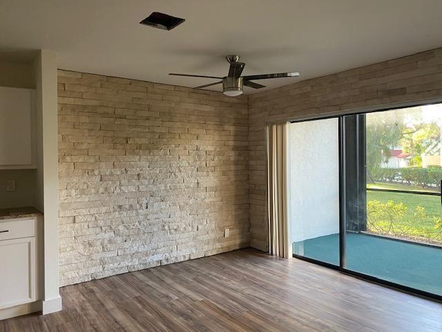 Photo of 24 Lexington Lane W #B, Palm Beach Gardens, FL 33418 (MLS # RX-10685198)