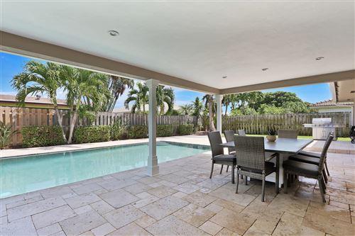 Foto de inmueble con direccion 11832 Banyan Street Palm Beach Gardens FL 33410 con MLS RX-10652199