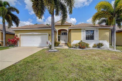 Photo of 9164 Cove Point Circle, Boynton Beach, FL 33472 (MLS # RX-10707200)