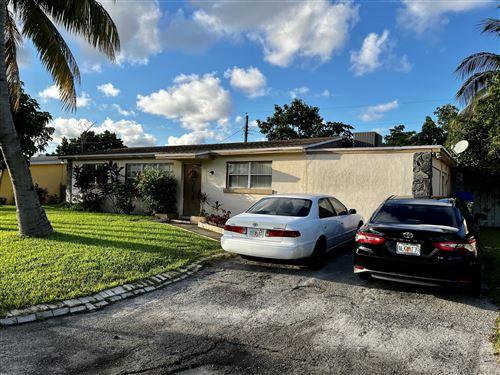 Photo of 4325 S Mary Circle, Palm Beach Gardens, FL 33410 (MLS # RX-10752202)
