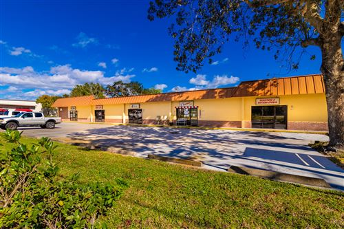 Photo of 300 Old Dixie Highway, Vero Beach, FL 32962 (MLS # RX-10631204)