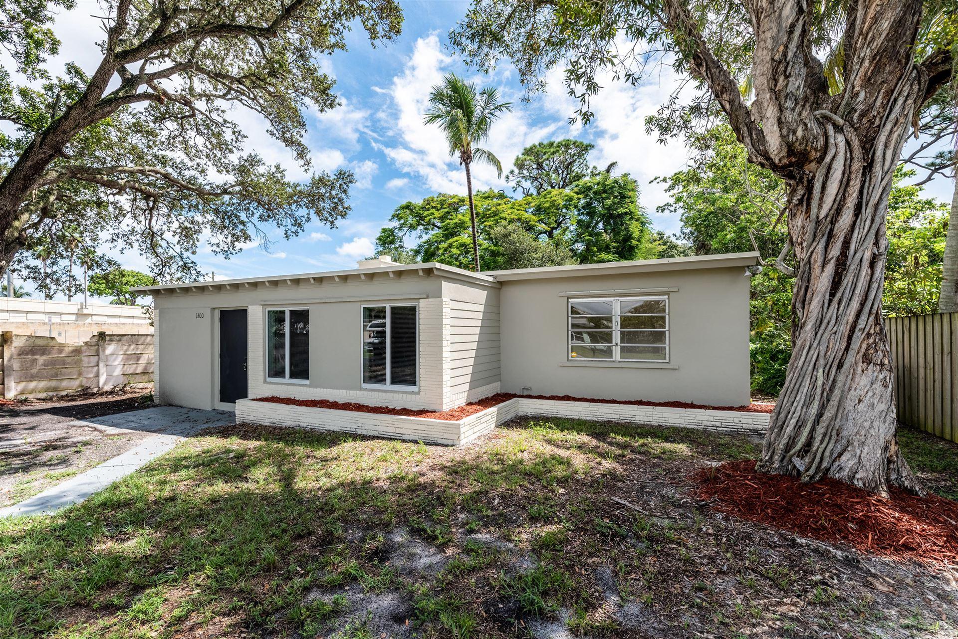 1300 SW 19th Avenue, Fort Lauderdale, FL 33312 - #: RX-10654204
