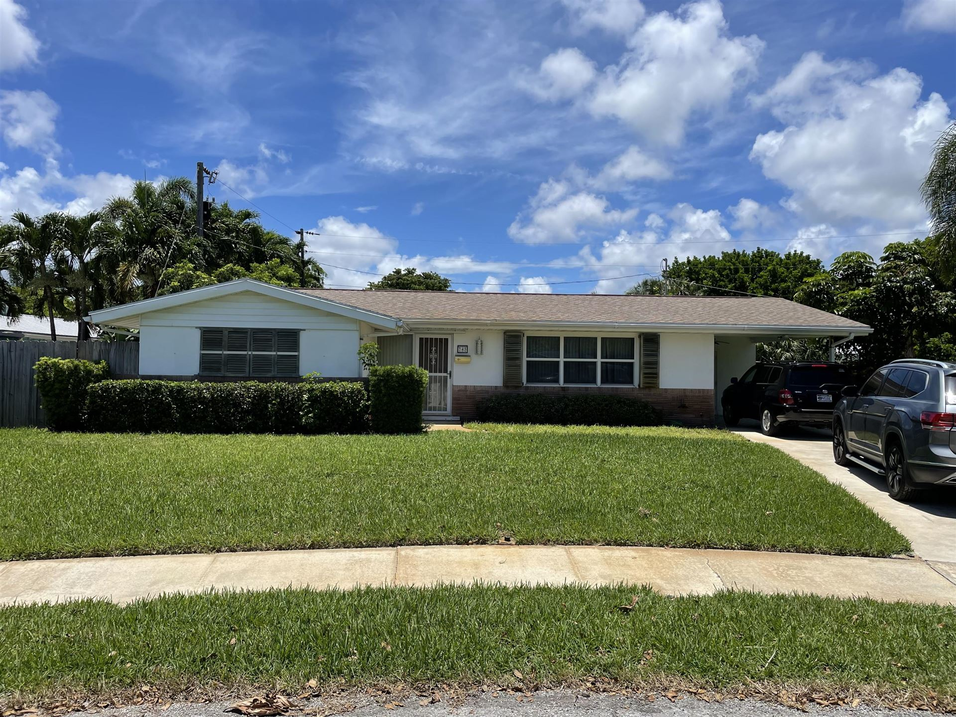 Photo of 745 Fairhaven Place, North Palm Beach, FL 33408 (MLS # RX-10732204)