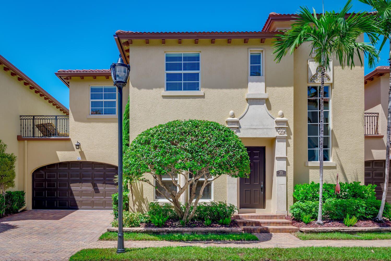 35 Via Poinciana Street, Boca Raton, FL 33487 - #: RX-10740204