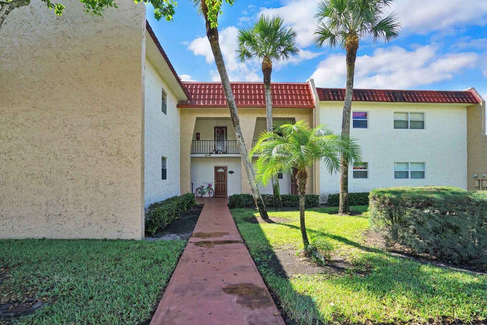 128 Lake Evelyn Drive, West Palm Beach, FL 33411 - MLS#: RX-10750206