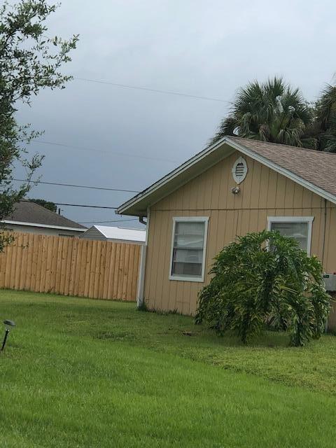 891 SW Harvard Road, Port Saint Lucie, FL 34953 - #: RX-10739207