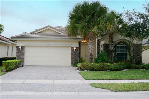 Photo of 11202 Osprey Lake Lane, Palm Beach Gardens, FL 33412 (MLS # RX-10646208)