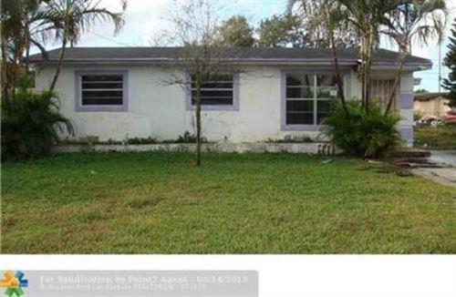 Photo of 2745 NW Nw 2nd Street Street, Boynton Beach, FL 33435 (MLS # RX-10644209)