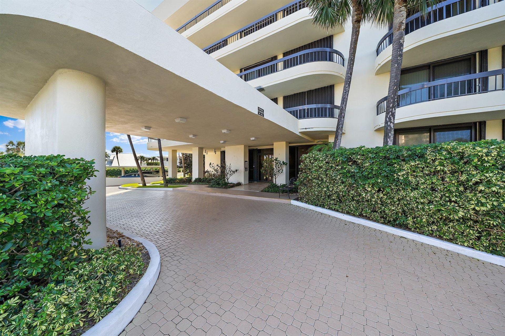 Photo of 50 Beach Road #303, Jupiter, FL 33469 (MLS # RX-10671209)
