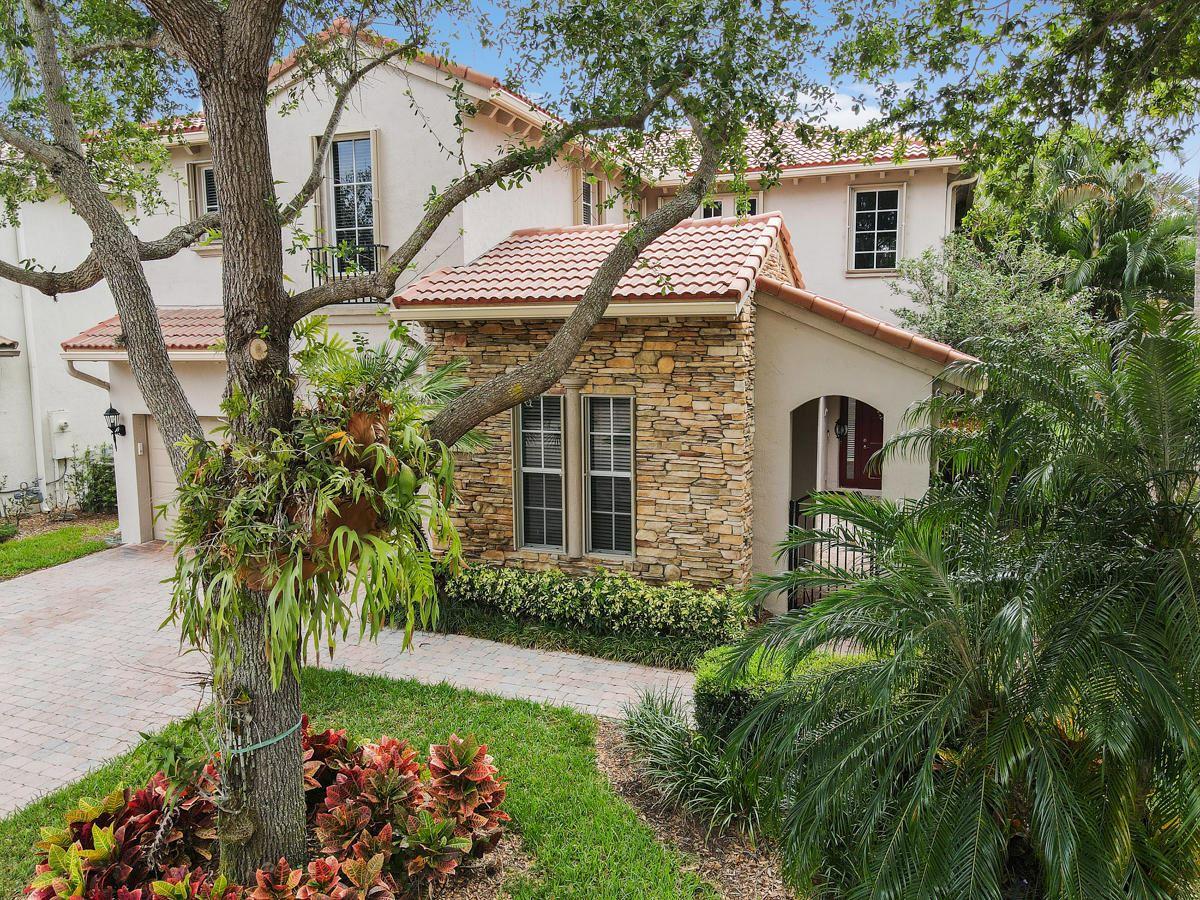 726 Bocce Court, Palm Beach Gardens, FL 33410 - #: RX-10705210