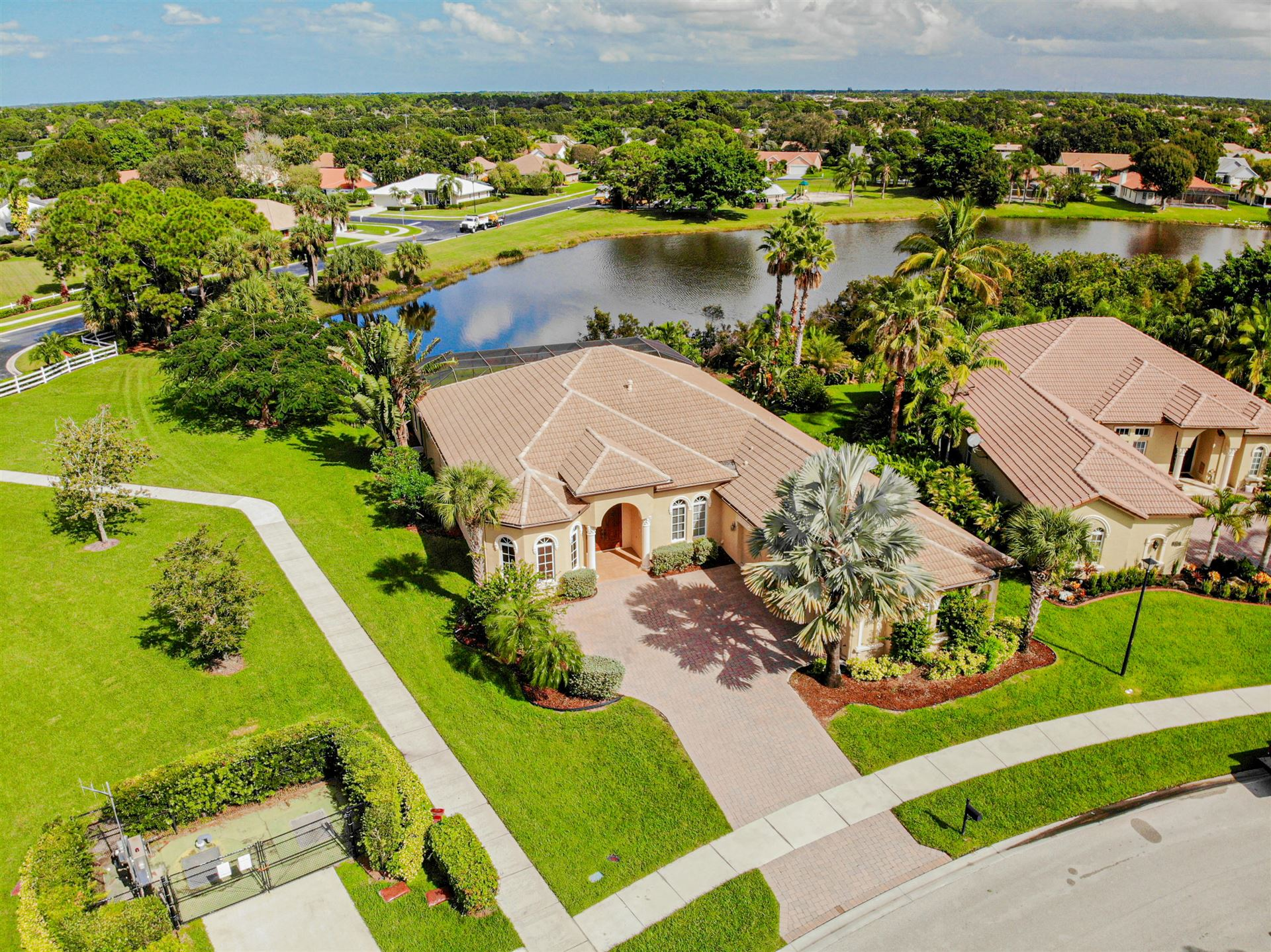 Photo of 880 SW Grand Reserves Boulevard, Port Saint Lucie, FL 34986 (MLS # RX-10621211)