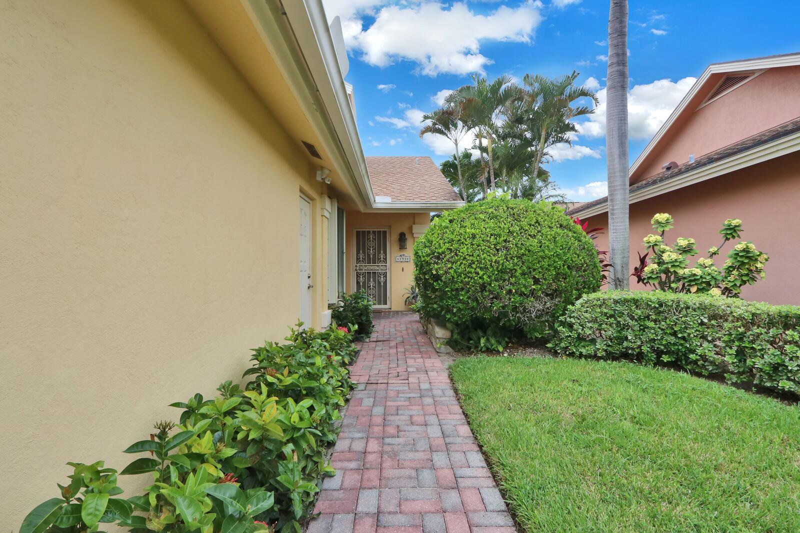Photo of 193 Ridge Road, Jupiter, FL 33477 (MLS # RX-10670213)