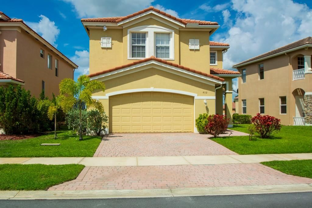 953 NW Leonardo Circle, Port Saint Lucie, FL 34986 - MLS#: RX-10716213